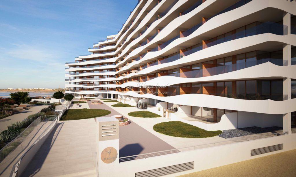 Los Flamencos Front Hele Bygningen Inngang Siden