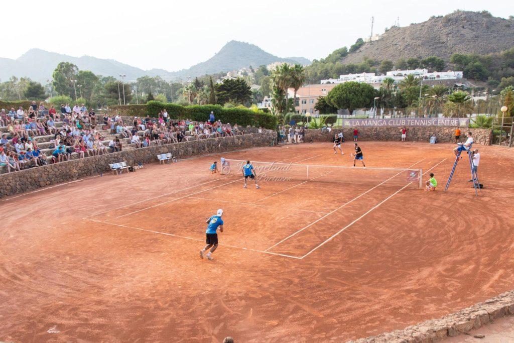 La manga Club tennis Match