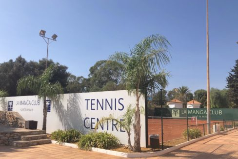 Tennis Centre LMC vegg