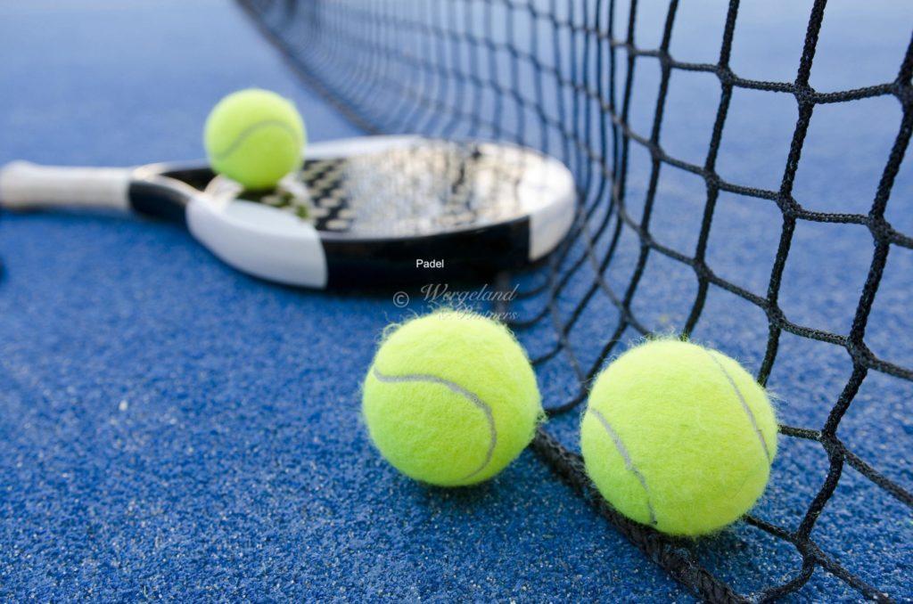 Padel Racket og Ball