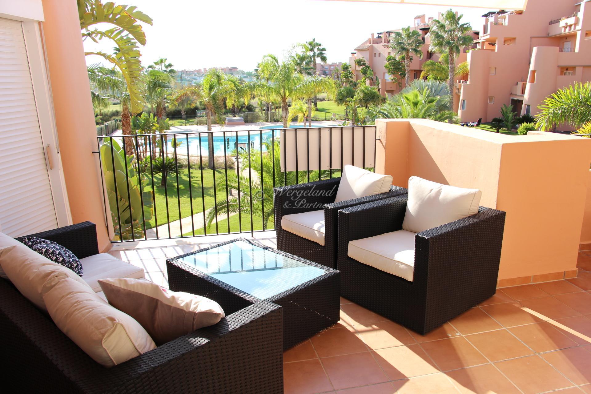 2 soveroms vestvendt møblert leilighet med romslig og solrik terrasse sentralt på resorten [13913]