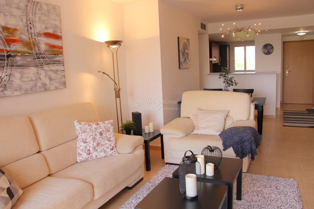 Strue Sofa